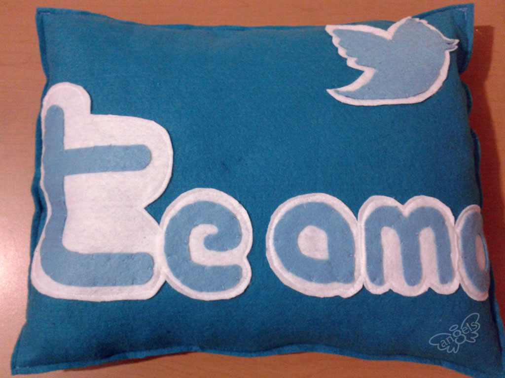 almohada twitter - angelsproject